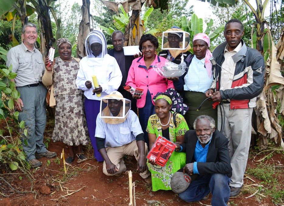 Auburn's Global Water Watch has joined with Kenya's Green Belt Movement to find innovative ways of linking honey production with improved nutrition, higher incomes, community development and river protection.