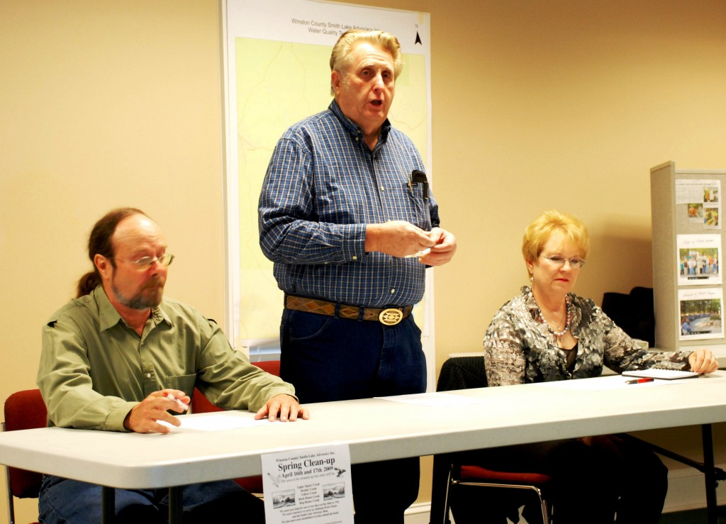 LaVerne opening a meeting of the WCSLA at the Traders and Farmers Bank in Arley in 2009