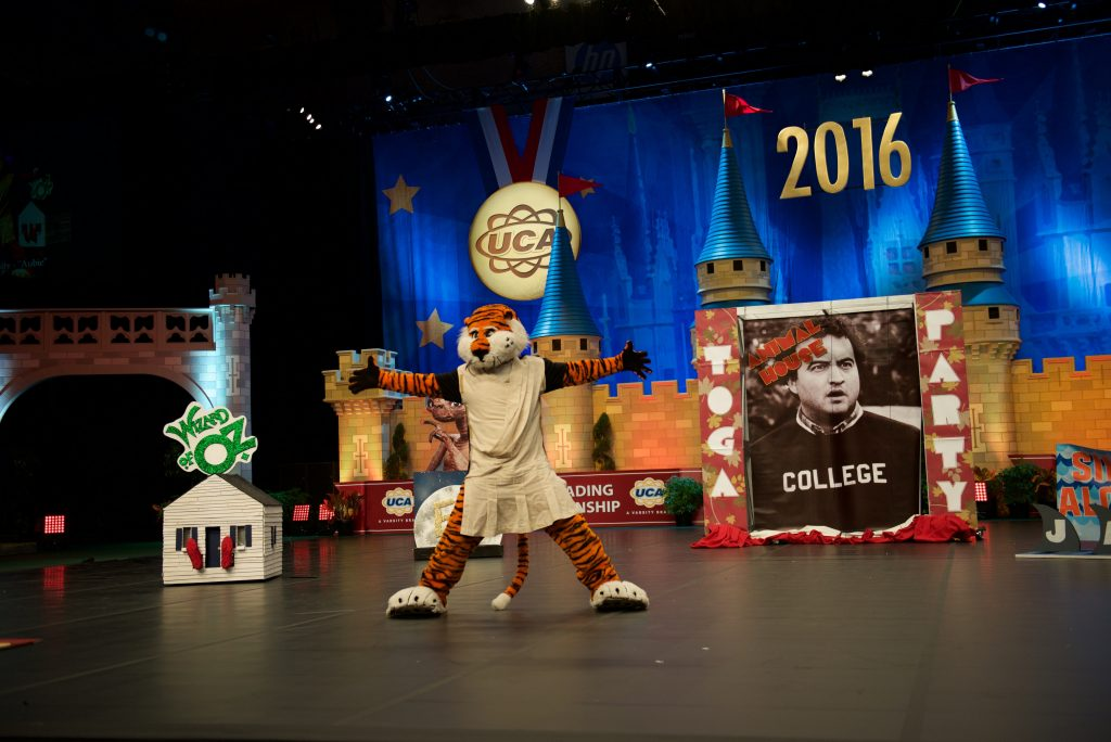 Aubie the Tiger at the end of his skit during UCA Mascot Nationals 2016.