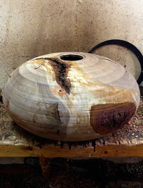 Pictured here is the Auburn Oak bowl in rough form.