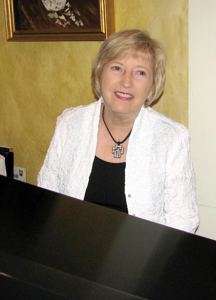 pianist Mary Slaton