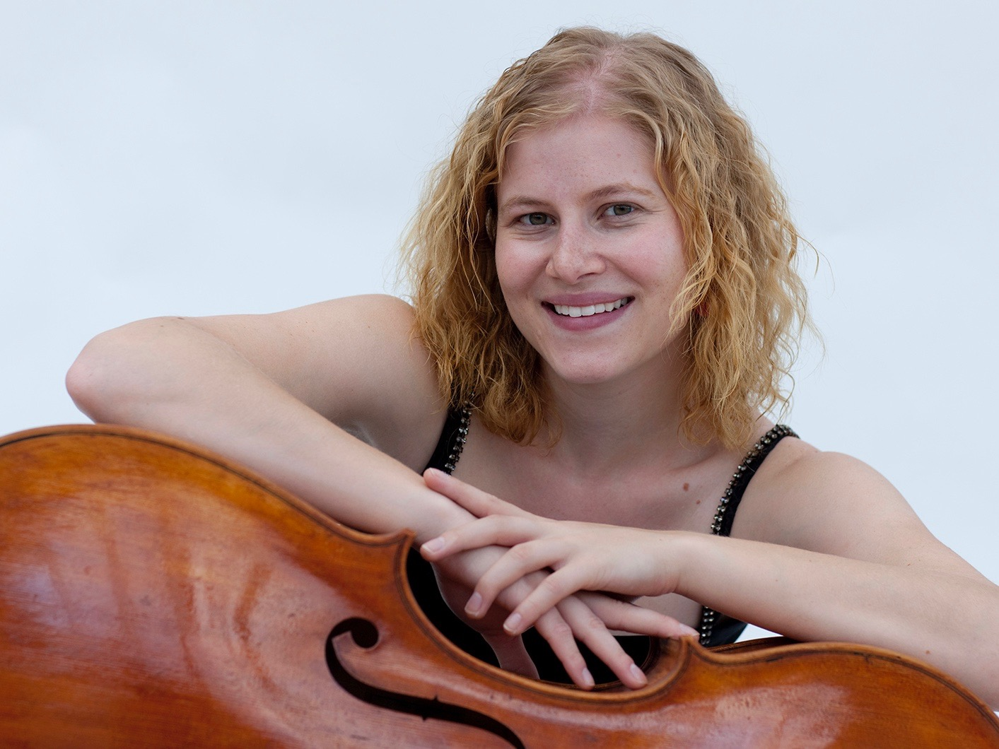 A Little Lunch Music 5/19: Cellist Laura Usiskin Returns to Museum Series