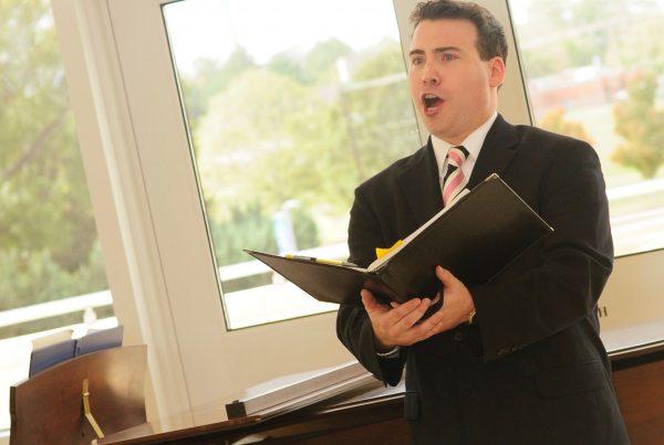 baritone Matthew Hoch